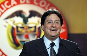 Photo of Columbian Ambassador Francisco