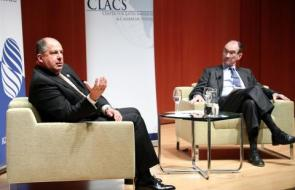 Luis Guillermo Solís Rivera (left), former President of Costa Rica, spoke about issues facing Central America in a discussion with Patrick Duddy (right), director of Duke's Center for Latin American and Caribbean Studies, at the Nasher Museum of Art on Feb. 27.