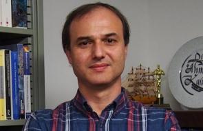 Dr. Ahmet Kuru