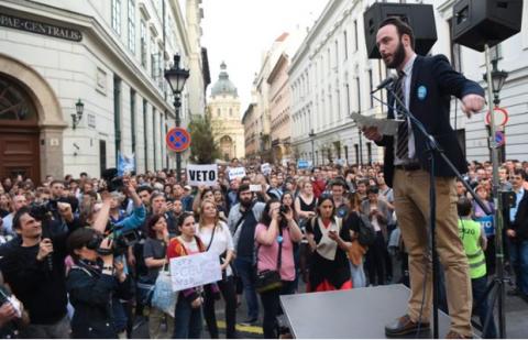 Protesting legislation against CEU, 2017